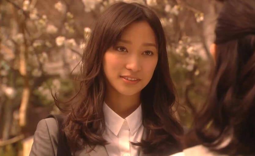 杏 カラコン