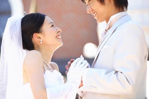 結婚式 カラコン