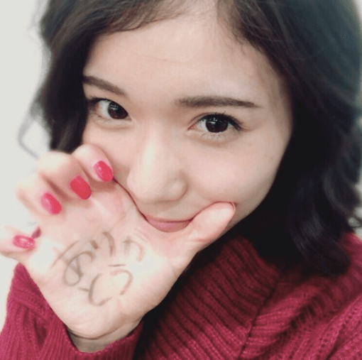 松岡茉優 カラコン