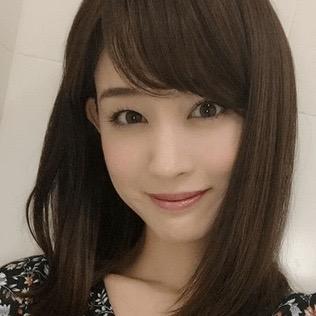 新井恵理那 カラコン