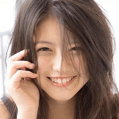 今田美桜 カラコン